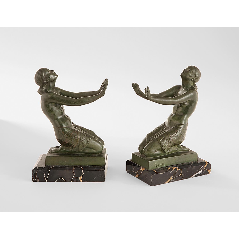 VOSAREA 1 Paire Serre-Livre Presse-Livre en M/étal Cale Livre D/écoratif Statue de Libert/é pour Etag/ères Table Noir