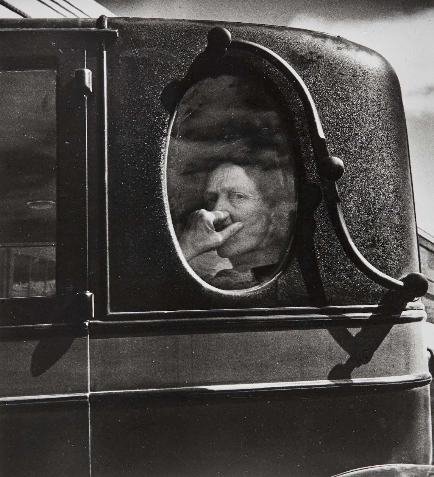 Lange Dorothea Small Girl In Rags Damaged Child Shacktown Elm Grove Oklahoma Funeral Cortege End Of An Era In A Small Valley Town In California 2 Mutualart