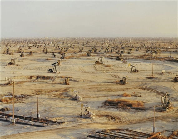 edward burtynksy oil from birth Edward burtynsky and jennifer baichwal collaborate in a new documentary based on edward's new book on water.