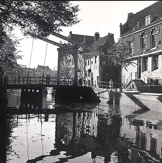 Windig ad amsterdam 1950s mutualart for B b ad amsterdam centro