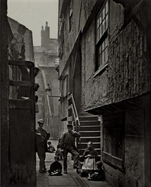 Artwork by Thomas Annan, Close, No. 28 Saltmarket, Glasgow, 1868, Made of carbon print