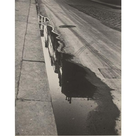 Artwork by Ilse Bing, Rue de Valois, 1932, Made of Silver print