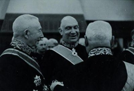 Artwork by Erich Salomon, Premier Dr. H. Colijn (left) with the ministers van Schaik and van Lidt de Jeude, Made of Gelatin silver print