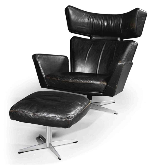 Arne Jacobsen OX LOUNGE CHAIR AND OTTOMAN 1966