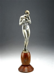 Artwork by Bruno Zach, Female nude, Made of Nickel-plated bronze