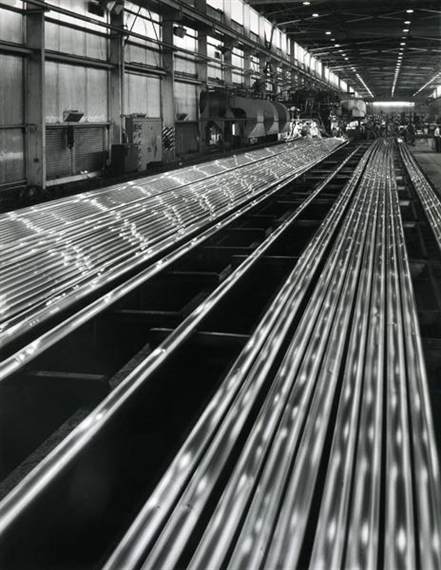 Sievers Wolfgang | Driving Aluminium Rods at Comalco's Bell