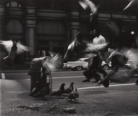 Artwork by Ray Metzker, UNTITLED, Made of Gelatin silver print
