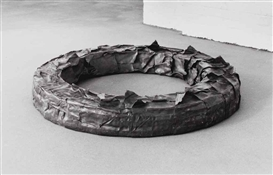 Artwork by Luciano Fabro, Corona di Piombo (Crown of Lead), Made of lead