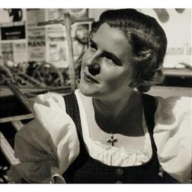 Artwork by Trude Fleischmann, Paula Wessely, Salzburger Festspiele, Made of Vintage silver print