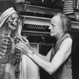 Marcel Broodthaers, Paul Delvaux in his studio