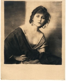 Artwork by Alfred Cheney Johnston, Florence La Badie, Made of silver print or photogravure on tissue