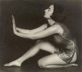 Artwork by Trude Fleischmann, BERTA REIDINGER, DANCER, Made of Vintage gelatin silver print