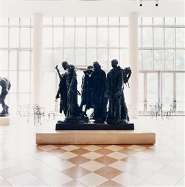 Candida Höfer, THE METROPOLITAN MUSEUM OF ART NEW YORK (FROM THE SERIES: BURGHERS OF CALAIS)