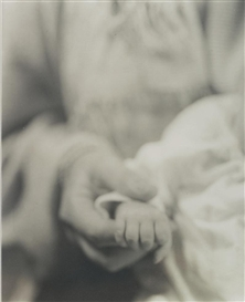 Jan Groover, UNTITLED (MOTHER HOLDING BABYS HAND)