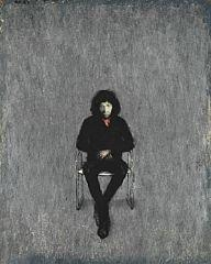 Artwork by Kurt Henning Trampedach Sørensen, Figure seated in a chair, Made of Oil on canvas