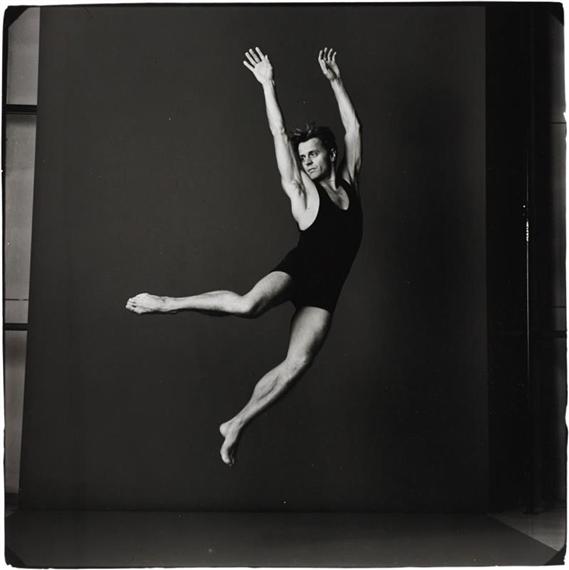 Leibovitz Annie | Mikhail Baryshnikov, Brussels, Belgium (1990