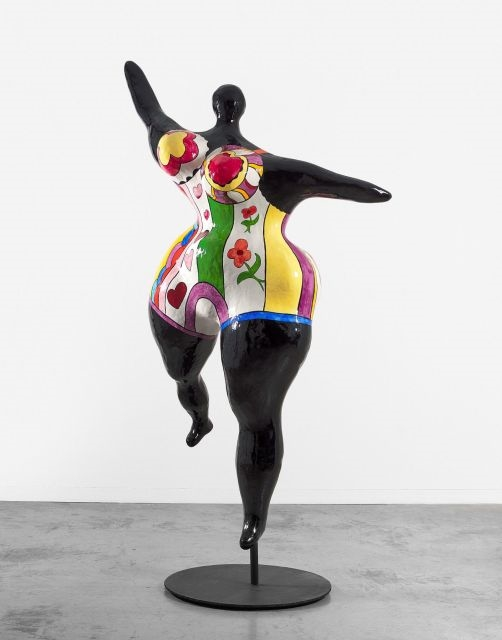 niki de saint phalle nana danseuse noire grande. Black Bedroom Furniture Sets. Home Design Ideas