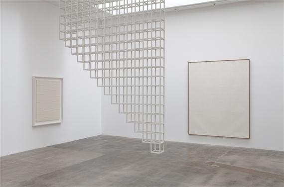Dansaekwha the korean minimalist painting movement for Minimal art installation