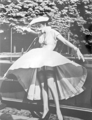 Louis Reneastre La Robe Volante 1950 Mutualart