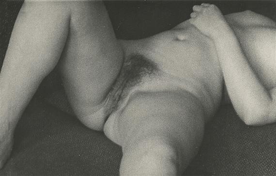 Thai nude girl photo