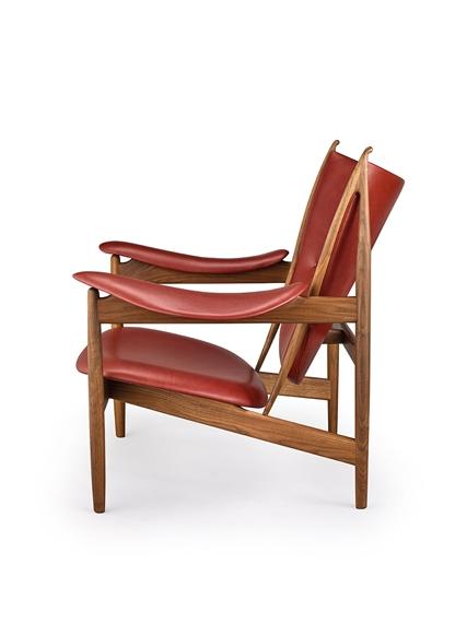 Artwork By Finn Juhl, Chieftain Chair FJ 4900, Made Of Walnut, Leather