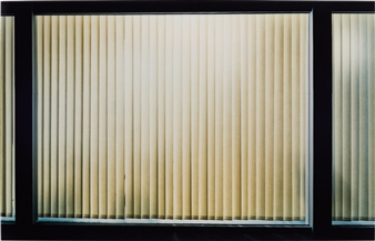 Demand Thomas | Badezimmer (Beau Rivage) (1997) | MutualArt