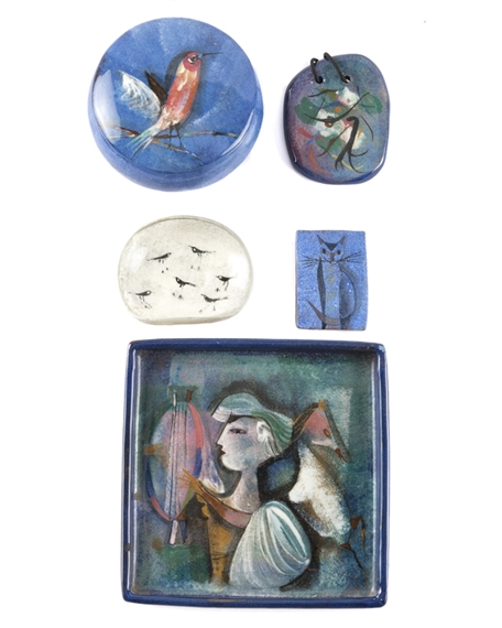 Pillin Polia   A group of five art pottery objects   MutualArt