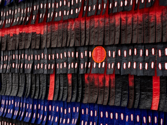 Abdoulaye Konaté, Noir-bleu aux triangles et cercles rouges, 2017, Textile, 295 x 233 cm (Blain Southern), one of the works that will feature at the 1-54 fair in Marrakech.