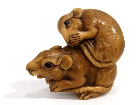 Meiji Period 19th Century A Finely Carved Bone Netsuke As A Baby Rat On Mother S Back Mutualart