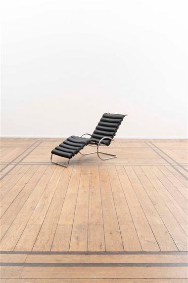 Artwork By Ludwig Mies Van Der Rohe, Chaise Longue Modèle MR1 à Quatre  Positions,