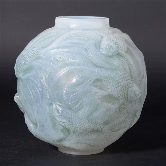 Lalique René | Lalique Gold Fish Vase | MutualArt