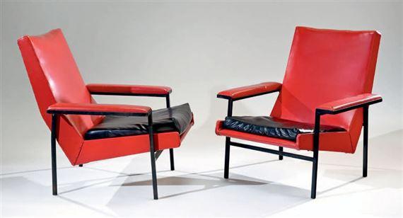 A.R.P. | Paire de fauteuils modèle | MutualArt