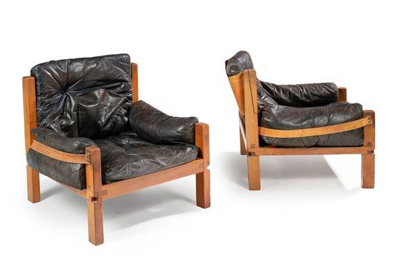 Chapo Pierre | Paire de fauteuils modèle «S32» | MutualArt