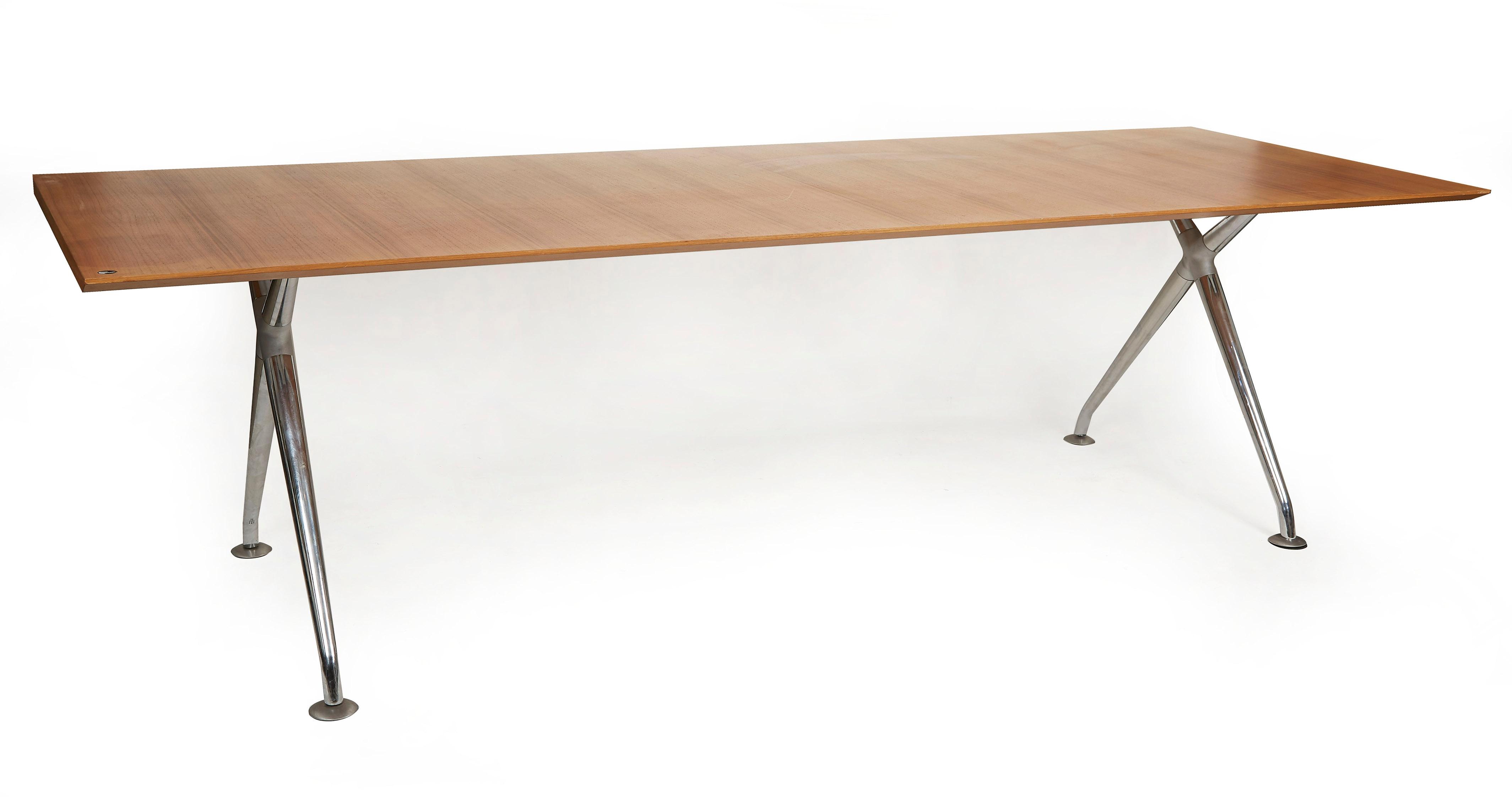 Mobelmanufaktur Philip  Grande table rectangulaire  MutualArt